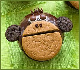 gorilla cupcake